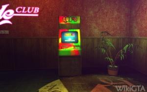 QUB³D arcade machine
