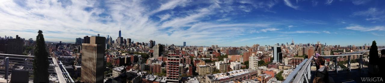New York is in het echt vele malen groter dan Liberty City. Toch herken je direct de overeenkomst in gebouwen. Panorama geschoten vanaf Hotel on Rivington